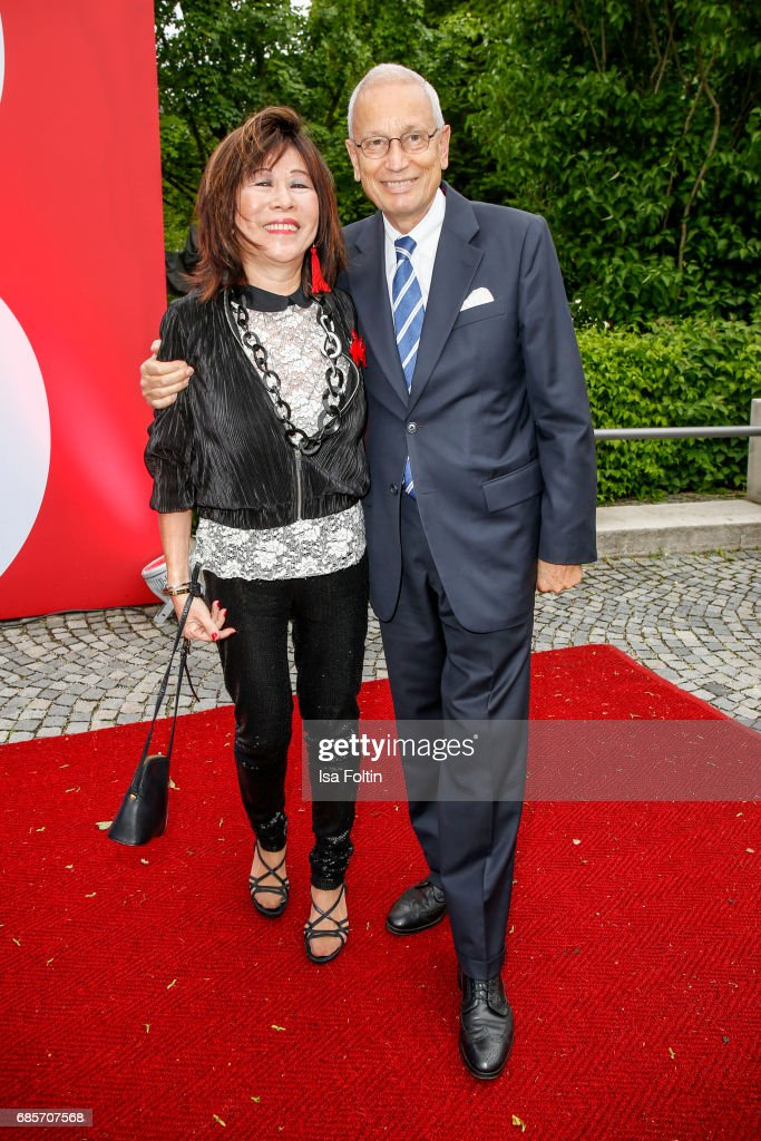 Soo Leng Kuchenreuther and guest attend the Bayerischer Fernsehpreis 2017 at Prinzregententheater on May 19, 2017 in Munich, Germany.