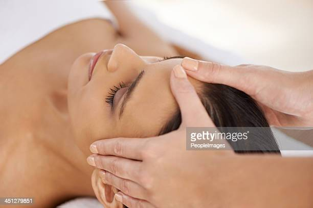 Soothing head massage