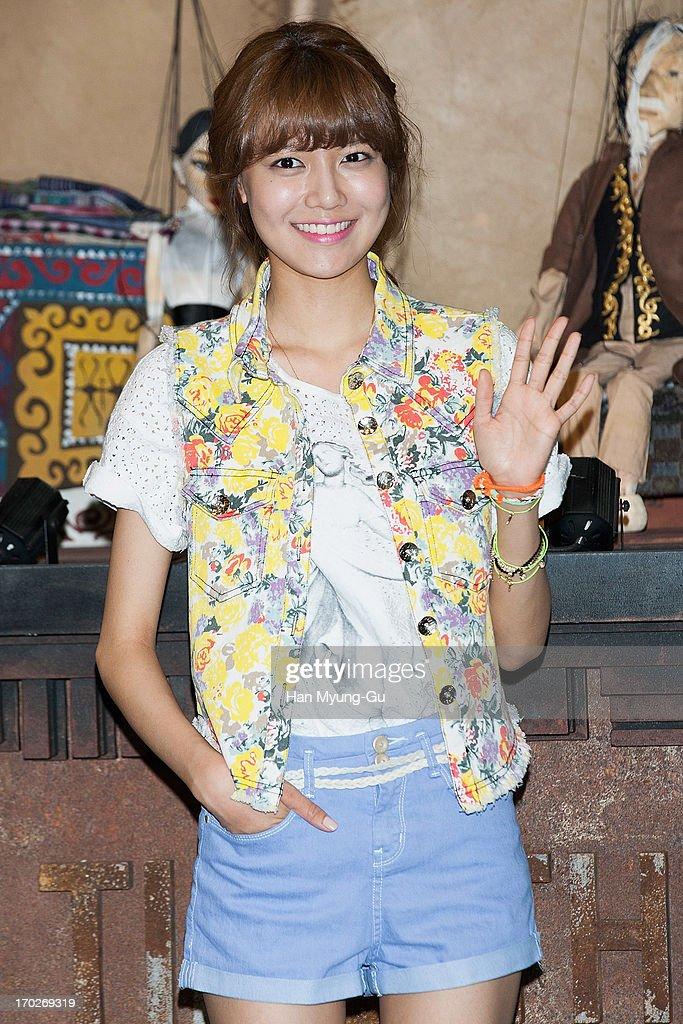 serial korea dating agency cyrano Sinopsis lengkap drama korea dating agency cyrano, sinopsis drama korea dating agency cyrano episode 1 sampai terakhir, drama korea dating agency cyrano rtv.