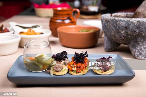 sopes, mexican food - carne assada imagens e fotografias de stock