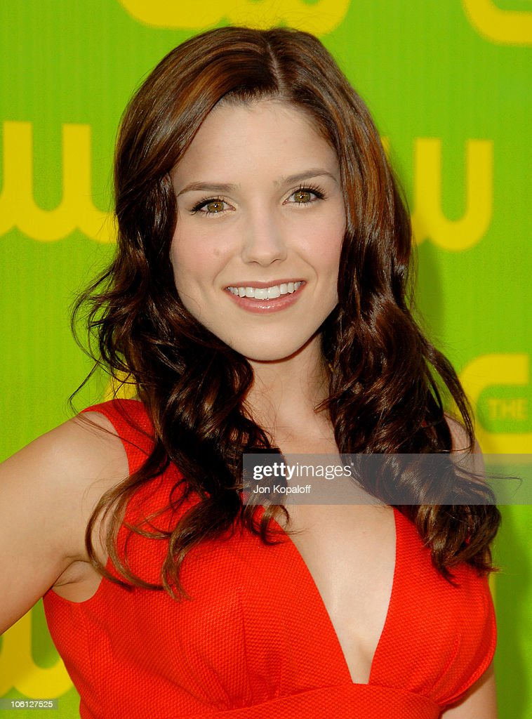 The CW Launch Party - Arrivals : News Photo