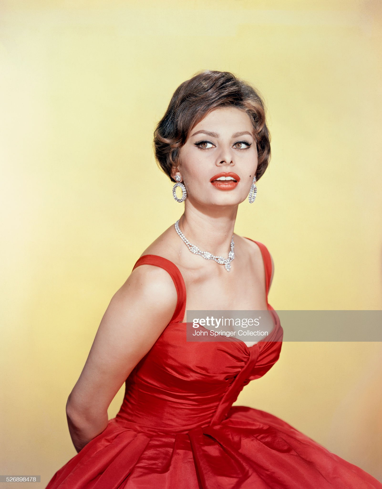 Sophia Loren in Red Gown : News Photo