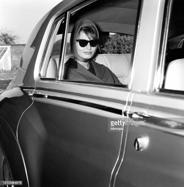 Sophia Loren leaving the 'Norwegian Barn' for the film studios by Rolls-Royce, 31st May 1960.