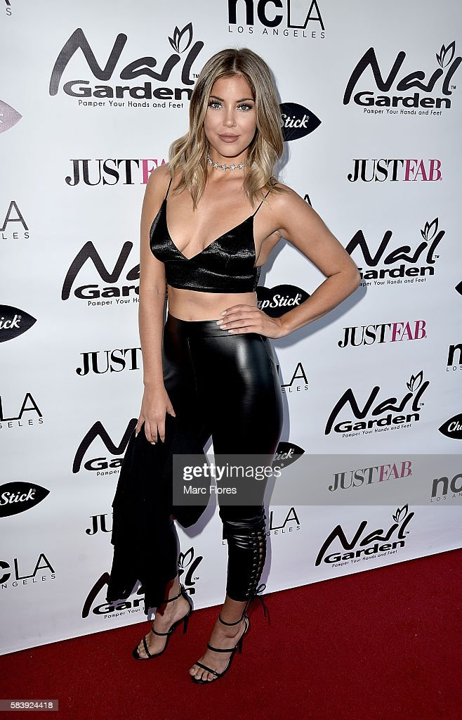 Sophia Pierson arrives at the 10 Year Anniversary with Beauty for a Cause Summer Toy Drive at Nail Garden on July 26, 2016 in Studio City, California.