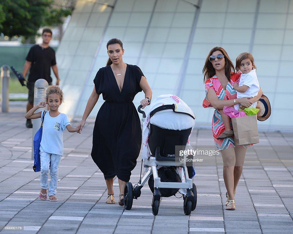 Kardashians Visit Miami Children's Museum : News Photo