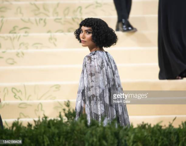 Sophia Roe attends the 2021 Met Gala celebrating 'In America: A Lexicon of Fashion' at The Metropolitan Museum of Art on September 13, 2021 in New...