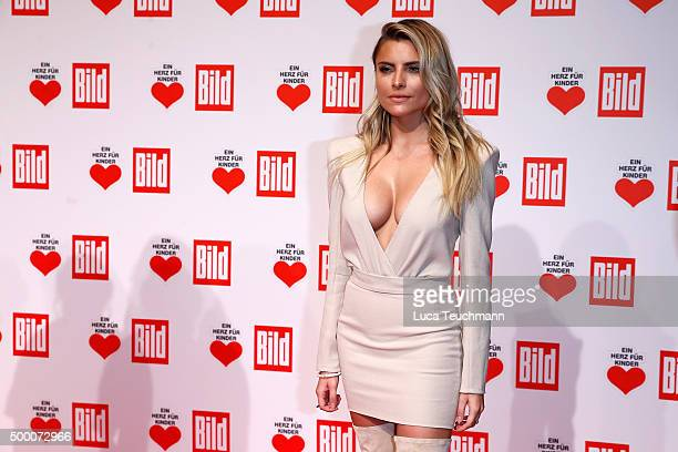 Sophia Thomalla arrives for the Ein Herz Fuer Kinder Gala 2015 at Tempelhof Airport on December 5 2015 in Berlin Germany