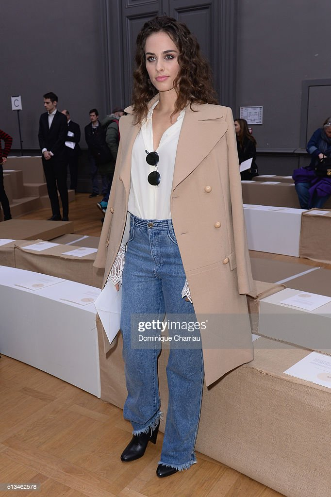 Chloe : Front Row- Paris Fashion Week Womenswear Fall/Winter 2016/2017
