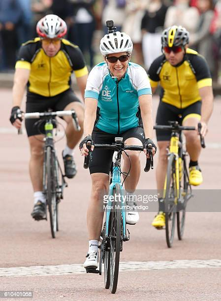Sophie Countess of Wessex and her team arrive at Buckingham Palace completing their Diamond Challenge cycle ride on September 25 2016 in London...