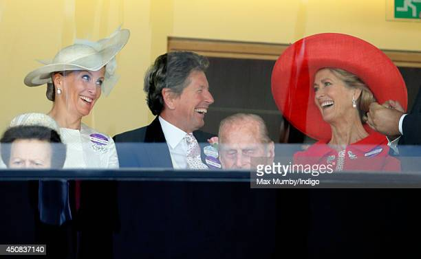 Sophie Countess of Wessex John Warren and Lady Penny Brabourne watch the racing as they attend Day 2 of Royal Ascot at Ascot Racecourse on June 18...