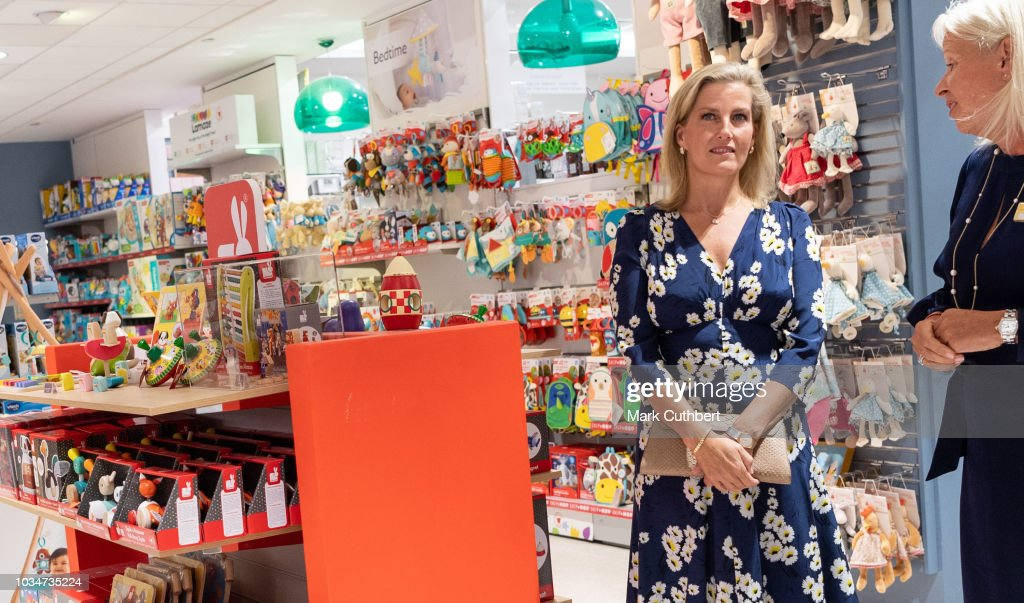 sophie-countess-of-wessex-visits-the-toy-department-during-a-visit-to-picture-id1034735224