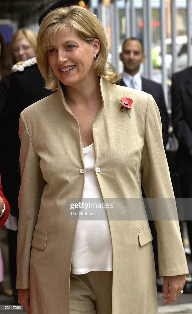 Sophie, Countess Of Wessex, Wearing A Poppy And Pregnant Expecting Her First Baby, Opens Childline's New Counselling Centre And Offices Which Answers Calls From Children In Distress.