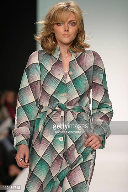 Sophie Dahl wearing Matthew Williamson Fall 2004 during Olympus Fashion Week Fall 2004 Matthew Williamson Runway at Studio Noir at Bryant Park in New...