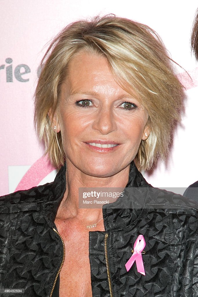 'Octobre Rose 2015' Party To Benefit Breast Cancer Research At Palais National De Chaillot In Paris