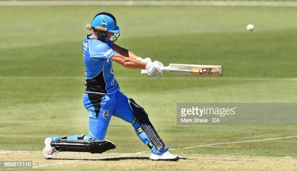 Sophie Devine of the Adelaide Strikers bats during the Women's Big Bash League WBBL match between the Hurricanes and the Strikers at Gliderol Stadium...