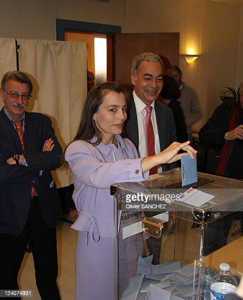 Sophie Duez voted for the second round of the municipal elections of Nice in Nice, France on March 16, 2008 - The French actress is the fourth on the...