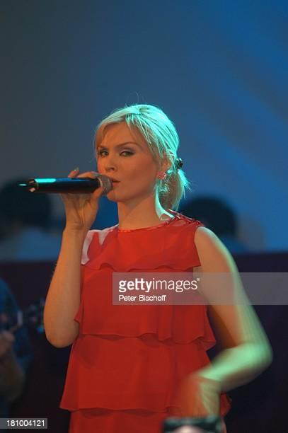 """Sophie Ellis-Bexter, Charity-Ereignis """"Tribute to Bambi"""", Theater im Hafen, Hamburg, , Sängerin, Singen, Auftritt, Bühne, Promis, Prominente,..."""