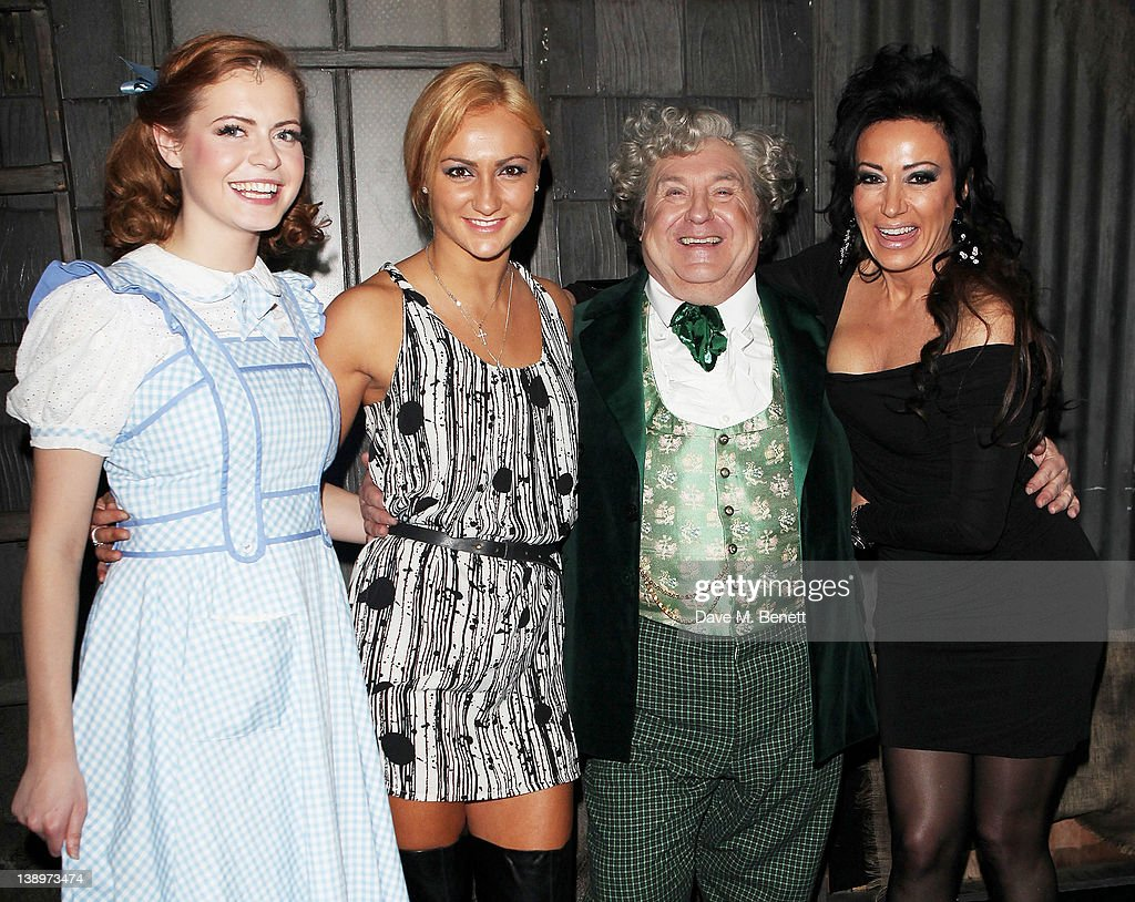 Russell Grant Joins The West End Cast Of 'The Wizard Of Oz' : News Photo
