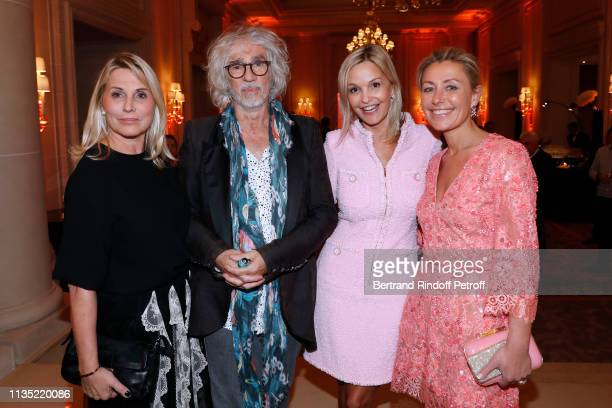 Sophie Favier Louis Bertignac Marie Saldmann and Claire Duroc Danner attend the Stethos d'Or 2019 Charity Gala of the Foundation for Physiological...