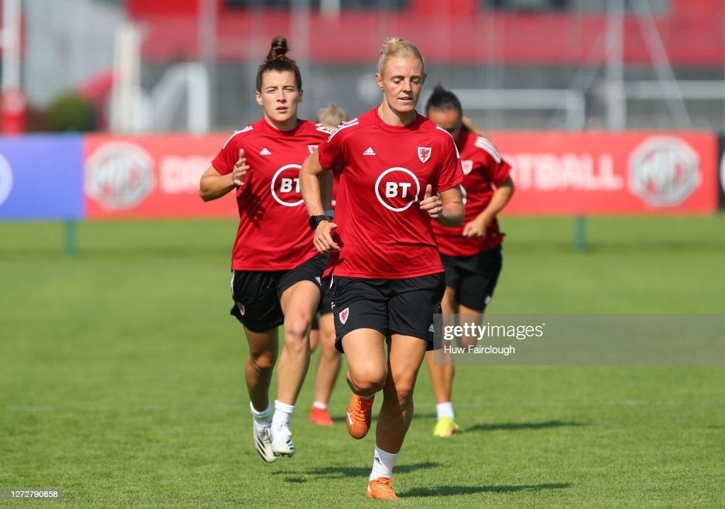 Wales Women Training Session : News Photo