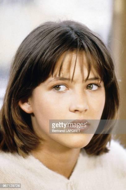 Sophie Marceau sur le tournage du film La Boum 2 le 22 juillet 1982 France