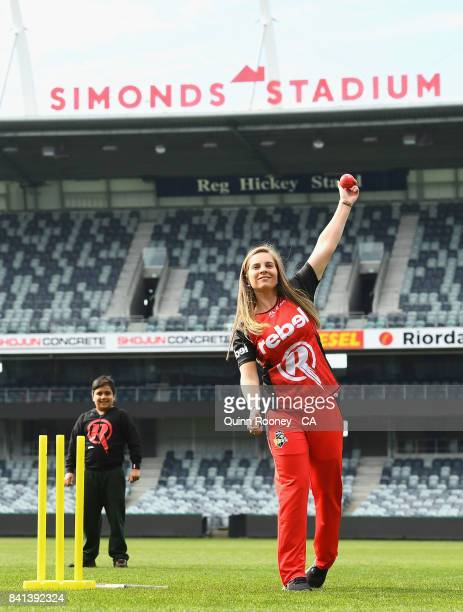 Sophie Molineux of the Renegades plays cricket with local school kids during a Melbourne Renegades Big Bash League media opportunity at Simonds...