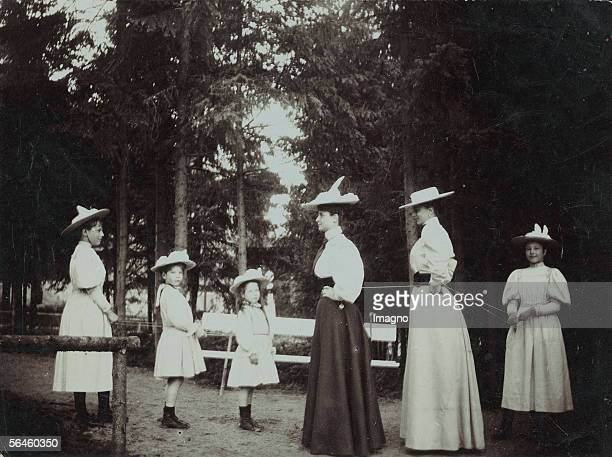 Sophie of Hohenberg wife of archduke heir apparant Francis Ferdinand d'Este with her children in the park Photography 1910 [Sophie von Hohenberg die...