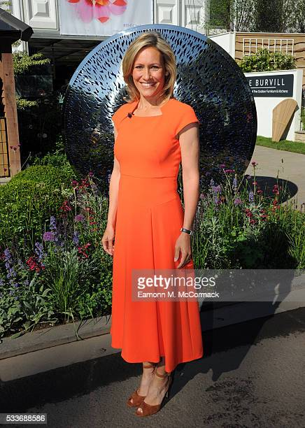 Sophie Raworth attends Chelsea Flower Show press day at Royal Hospital Chelsea on May 23 2016 in London England The show which has run annually since...