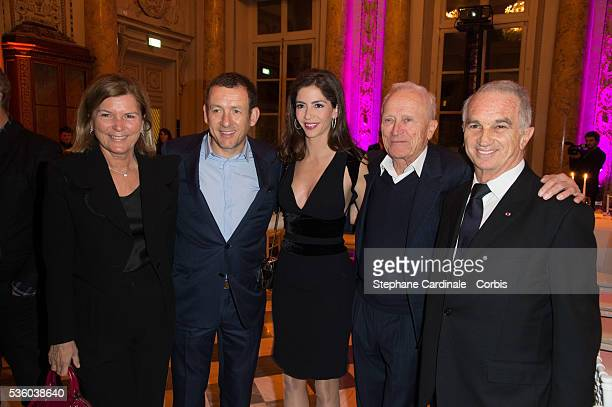 Sophie Seydoux Dany Boon Yael Boon Jerome Seydoux and Alain Terzian attend the medal ceremony of the 'Gold Medal of the Academy of Arts and...