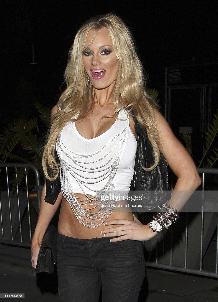 Celebrity Sightings In Los Angeles - December 5, 2009