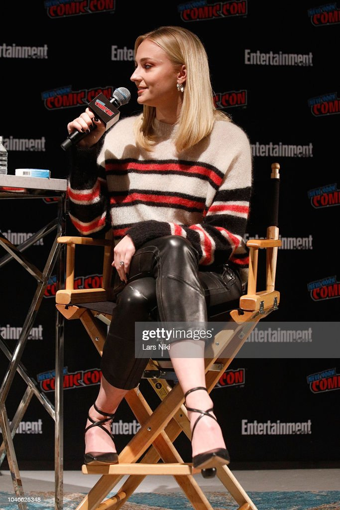 Entertainment Weekly At New York Comic Con - Day 1 : News Photo