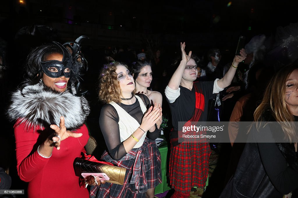 2016 Hulaween Party Celebrating New York Restoration Project's 21st Anniversary - Inside : News Photo