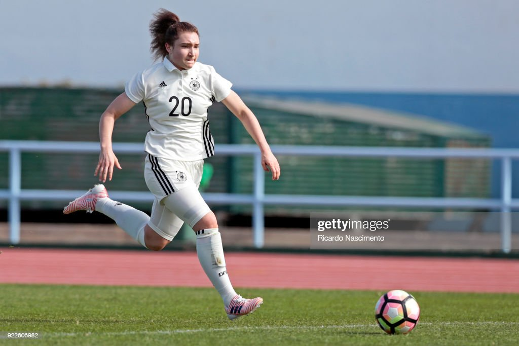 U16 Girl's Germany v U16 Girl's Italy - UEFA Development Tournament : News Photo