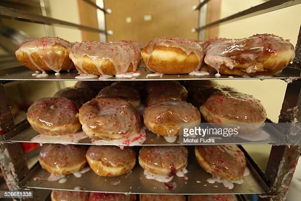 Sopot Poland 12th Feb 2015 Confectioners and bakers in T Deker confectionery made over 12000 donuts this night Fat Thursday is a traditional...