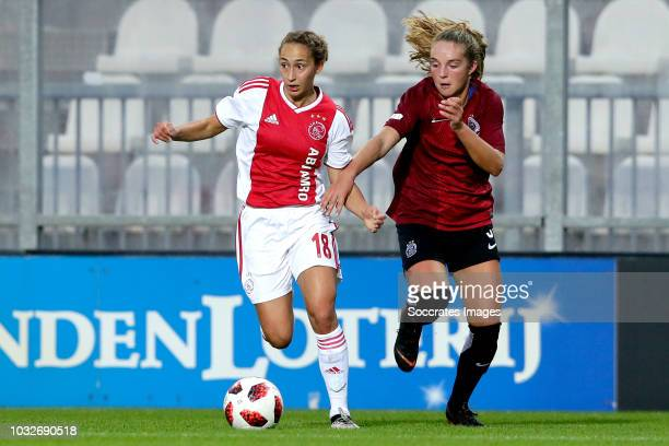 Soraya Verhoeve of Ajax Women Adela Odehnalova of Sparta Praha Women during the UEFA Champions League Women match between Ajax v Sparta Prague at the...