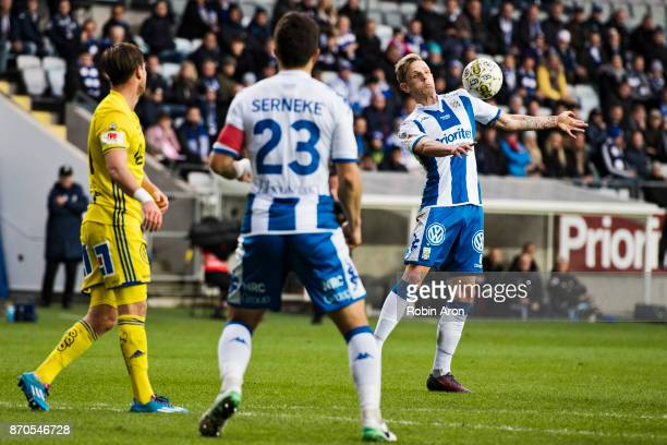 Soren Rieks of IFK Goteborg takes down the ball during the Allsvenskan match between IFK Goteborg and GIF Sundvall at Gamla Ullevi on November 5 2017...