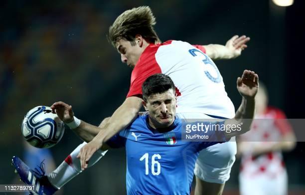 Sosa Borna of Croatia and Riccardo Orsolini of Italy during the UEFA friendly foootball match Italy U21 v Croatia U21 at the Benito Stirpe Stadium in...