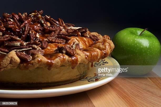sospie Babalu Caramel Pecan Apple Pie