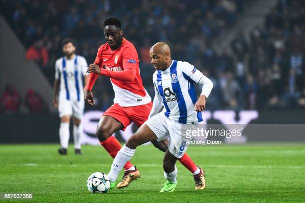 Soualiho Meite of Monaco and Yacine Brahimi of Porto during the Uefa Champions League match between Fc Porto and As Monaco at Estadio do Dragao on...