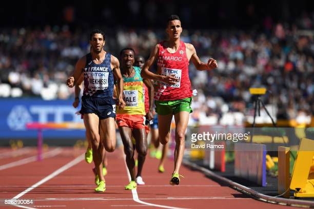 Soufiane Elbakkali of Morocco competes in the Men's 3000 metres Steeplechase during day three of the 16th IAAF World Athletics Championships London...