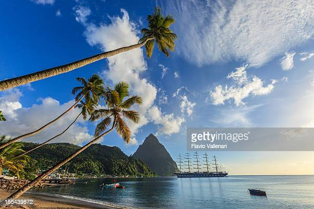 soufrière bay, saint lucia - st. lucia stock pictures, royalty-free photos & images