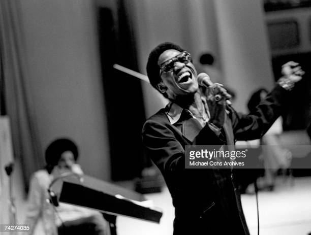 "Soul singer Al Green performs onstage at the fourth annual ""Black Athletes Hall Of Fame Awards Presentations"" in 1977."