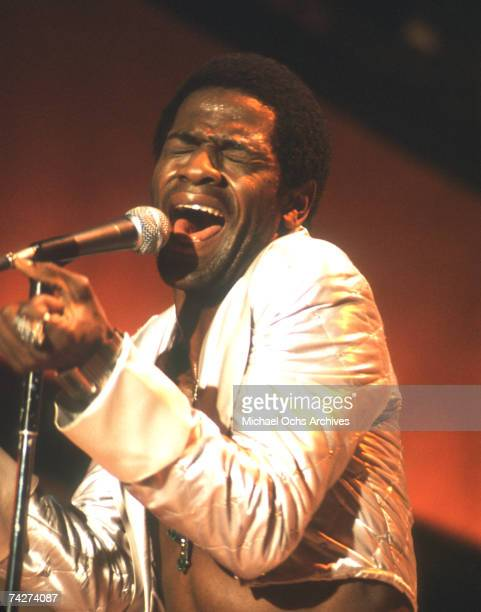 Soul singer Al Green performs onstage on September 10, 1974 in Los Angeles, California.