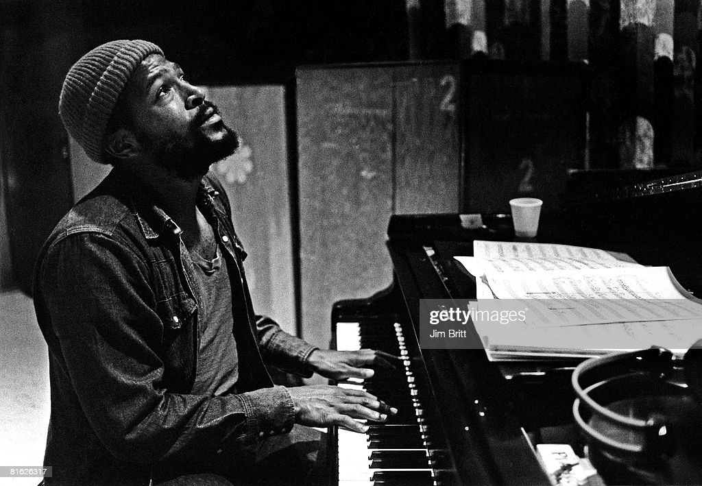 Marvin Gaye In The Studio : Nachrichtenfoto