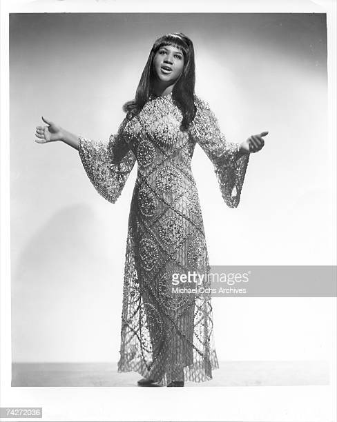 Soul singer Aretha Franklin poses for a portrait in circa 1965