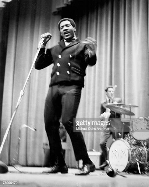Soul singer Otis Redding performs onstage with his guitar player Steve Cropper of 'The BarKays' at Hunter College on January 21 1967 in New York City...