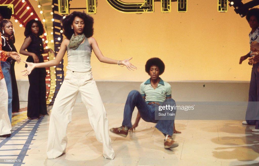 Soul Train Dancers Jody Watley and Jeffrey Daniel dance down the Soul...  News Photo - Getty Images