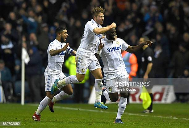 Souleymane Doukara of Leeds United celebrates scoring his sides second goal with team mates during the Sky Bet Championship match between Leeds...