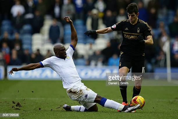 Souleymane Doukara of Leeds United FC wins possesion over Nelson Castro Oliveira of Nottingham Forest FC during the Sky Bet Championship match...