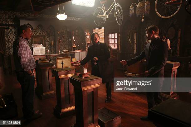 TIME Souls of the Departed nRALPH HEMECKER ROBERT CARLYLE ROBBIE KAY datg20160307
